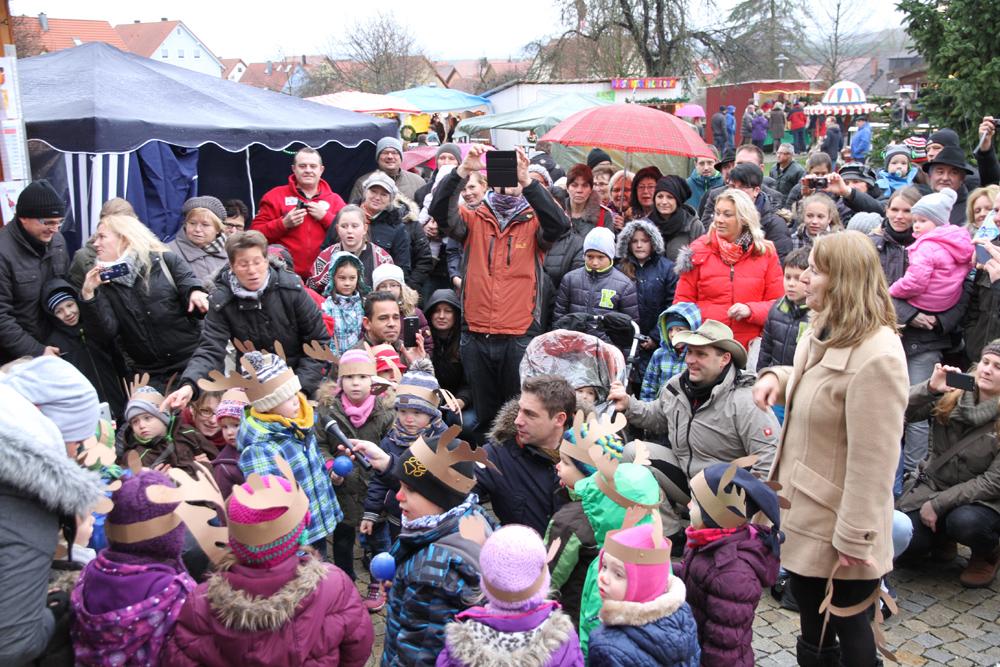 Adventsmarkt im Rathausinnenhof