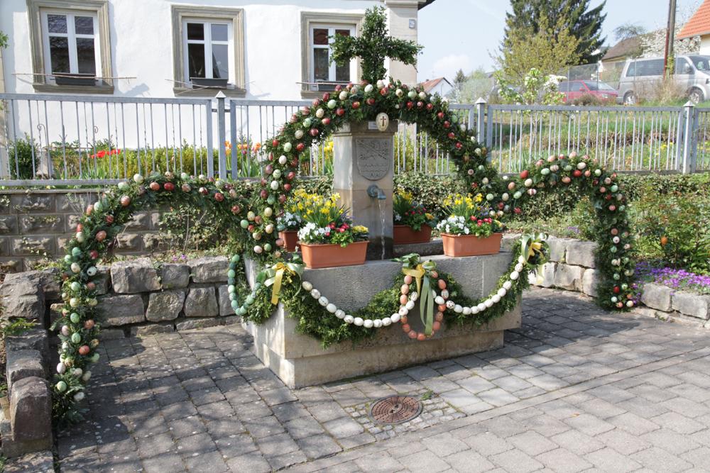 Osterbrunnen (1)