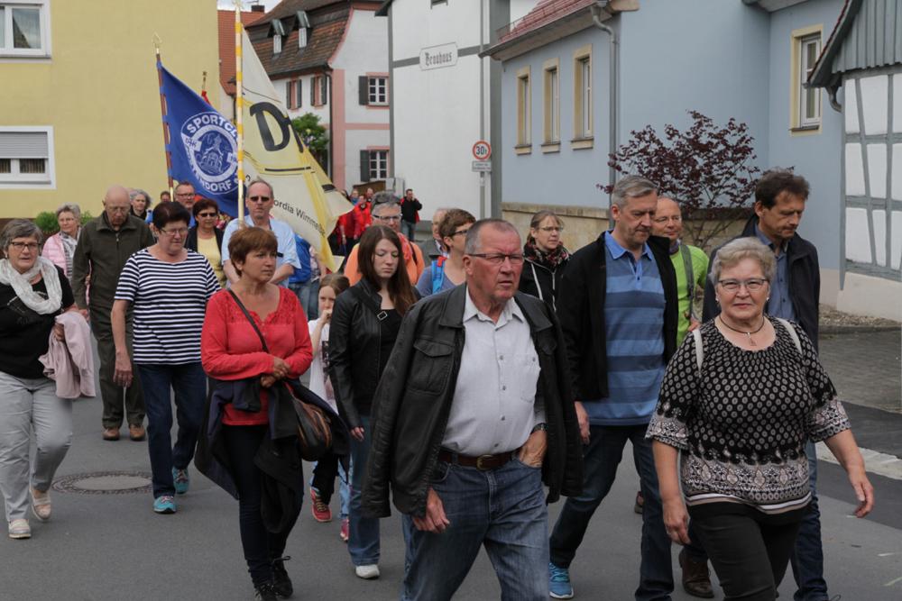 350 Sportler pilgerten zur Kreuzbergkirche