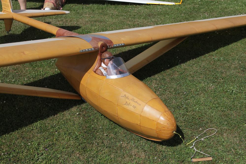 Herrliches Flugwetter für Modellbaufreunde