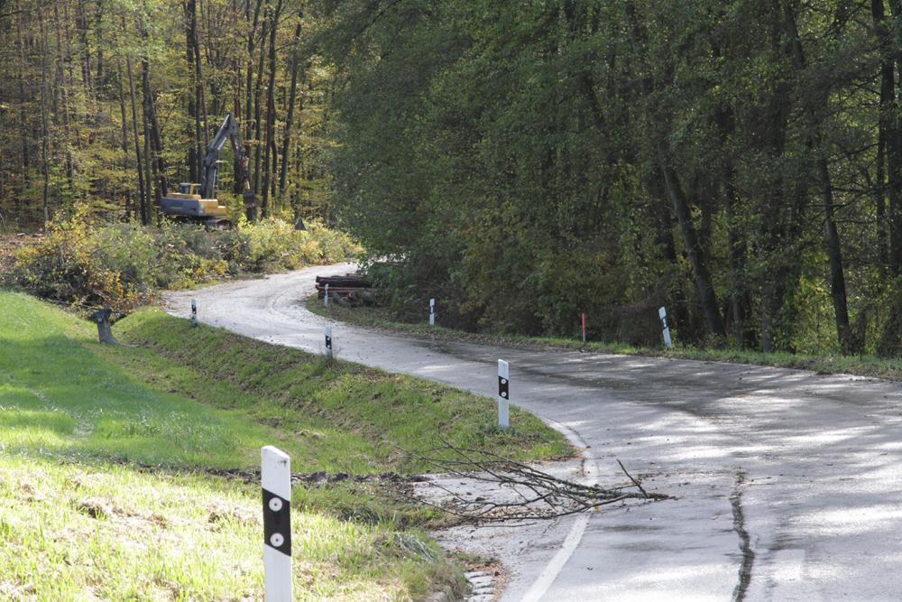 Straßensanierung und Radwegneubau nach Schnaid