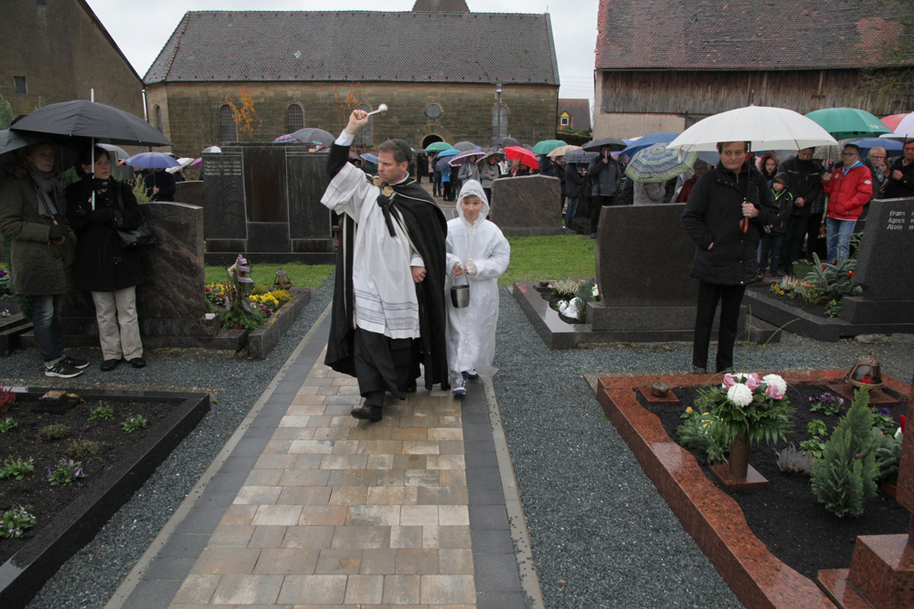 Einweihung Friedhof Schnaid (2)