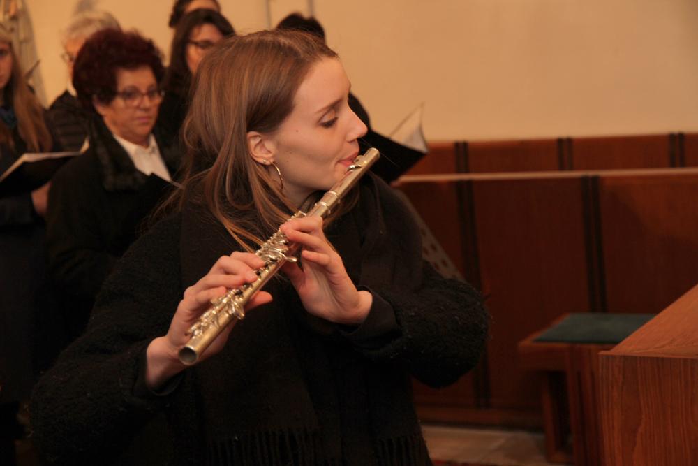 """Adventskonzert des """"Liederkranz"""" und des Hallerndorfer Kirchenchors"""