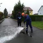 Wasserentnahme aus Unterflurhydrant in Willersdorf
